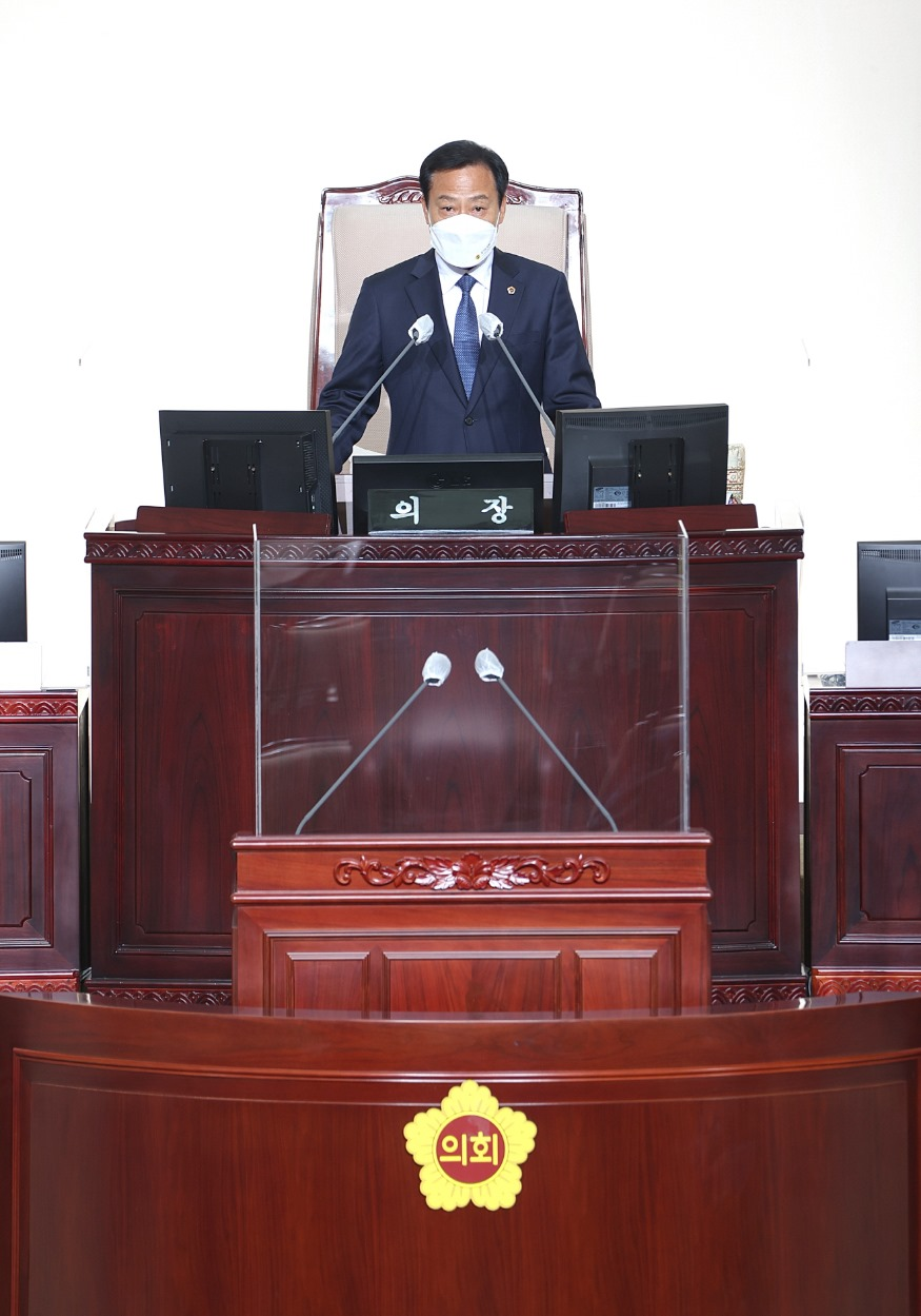 210713 장현국 의장, 제353회 임시회 1차 본회의 개회사 통해 방역강화 당부 (1).jpg